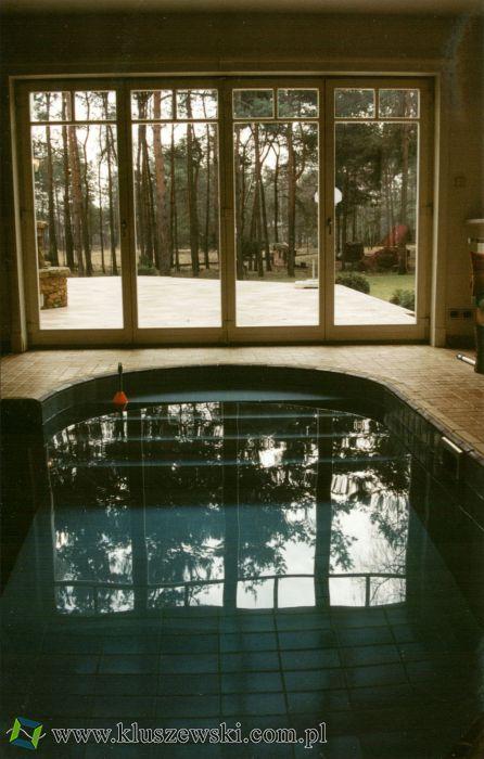 basen w rezydencji